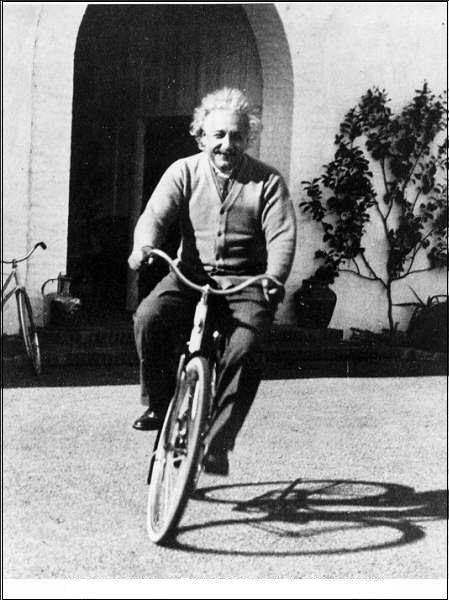 Alber Einstein cycling
