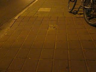 https://sites.google.com/site/sustainabilityorgil/home/bike-news/sign-poles-hazard-for-bicycles-1113/022022%20%28520x390%29.JPG?attredirects=0